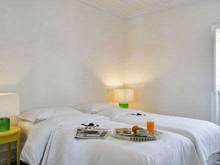 Lisbon Best Apartments -Chiado Trindade Apartments - T2 Duplex - Quarto