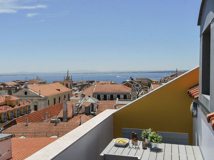 Lisbon Best Apartments -Chiado Trindade Apartments - T2 Duplex - Vista